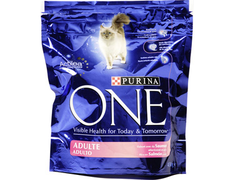 Croquette pour chat au saumon Purina One - 450 g