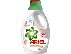 Lessive liquide Ariel Sensitive - 34 lavages - 2,21 l